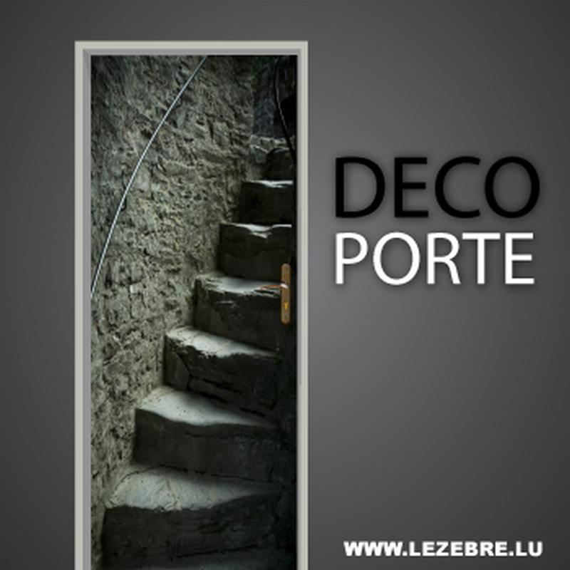 Autocollant pour porte escalier chateau for Decoration porte maison