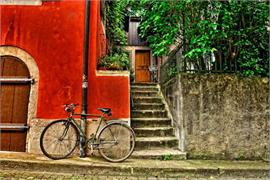 Sticker Mural Vélo devant maison