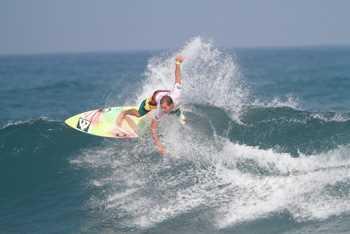 Sticker Déco Surfeur sur vague