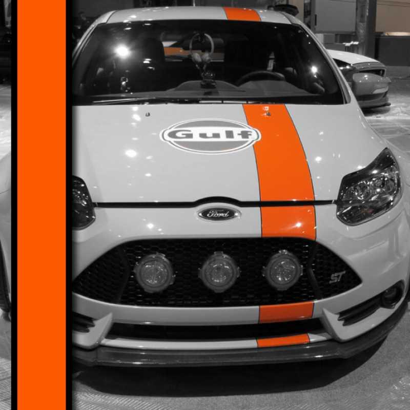 Gulf Racing car strip decal
